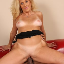 Dana Devine in 'Dogfart' - Blacks On Cougars (Thumbnail 20)