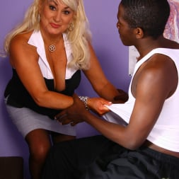 Dana Hayes in 'Dogfart' - Blacks On Cougars (Thumbnail 8)