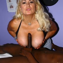 Dana Hayes in 'Dogfart' - Blacks On Cougars (Thumbnail 16)