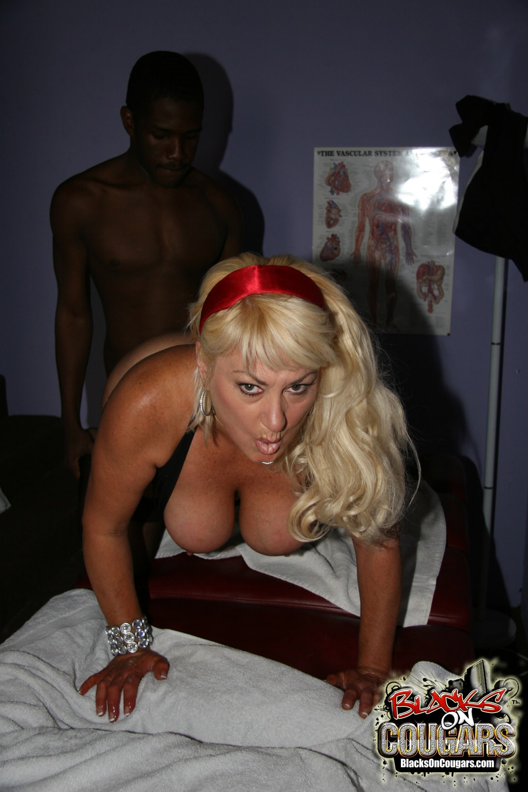 Dogfart '- Blacks On Cougars' starring Dana Hayes (Photo 18)