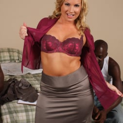 Flower Tucci in 'Dogfart' - Blacks On Cougars (Thumbnail 10)