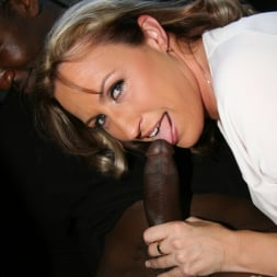Joey Lynn in 'Dogfart' - Blacks On Cougars (Thumbnail 5)
