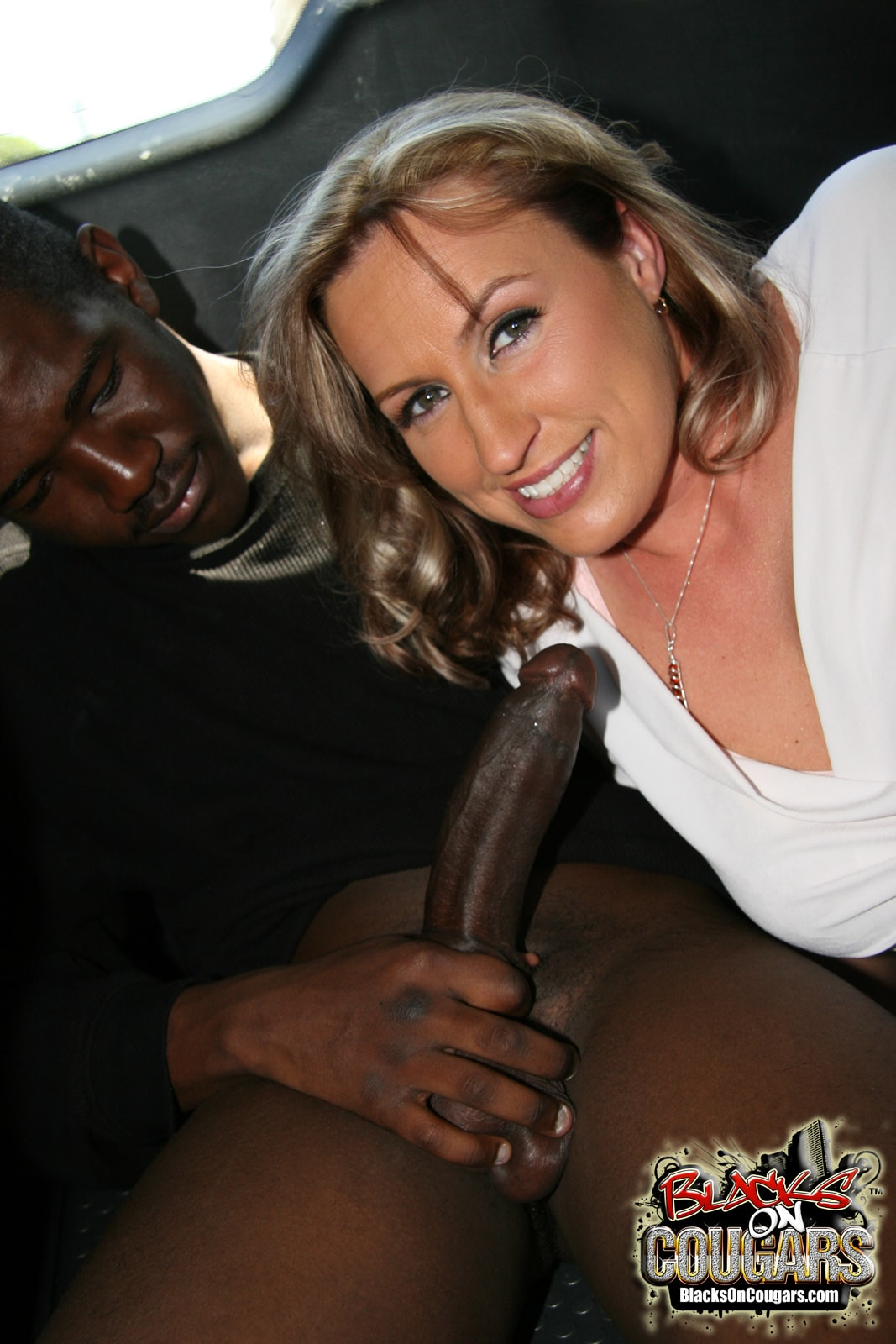 Dogfart '- Blacks On Cougars' starring Joey Lynn (Photo 9)
