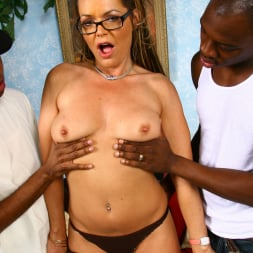 Kelly Leigh in 'Dogfart' - Blacks On Cougars (Thumbnail 13)