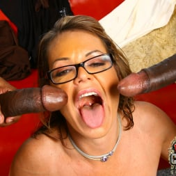 Kelly Leigh in 'Dogfart' - Blacks On Cougars (Thumbnail 28)
