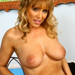 Nicole Moore in 'Dogfart' - Blacks On Cougars (Thumbnail 18)