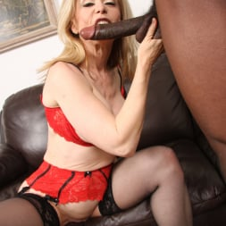 Nina Hartley in 'Dogfart' - Blacks On Cougars (Thumbnail 17)