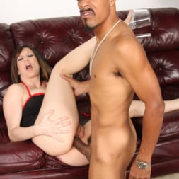 Stephanie Wylde in 'Dogfart' - Blacks On Cougars (Thumbnail 24)