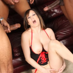 Stephanie Wylde in 'Dogfart' - Blacks On Cougars (Thumbnail 28)