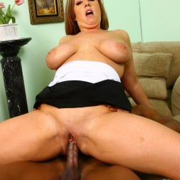 Zoey Andrews in 'Dogfart' - Blacks On Cougars (Thumbnail 26)